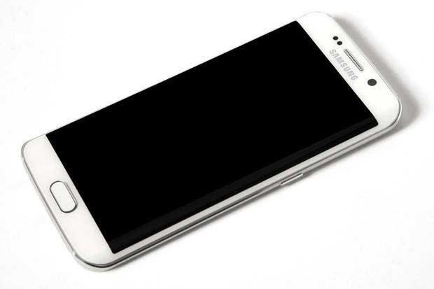 Не горит экран на Galaxy S6