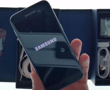 Galaxy S7 перезагружается сам по себе