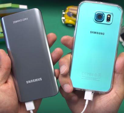 Внешняя зарядка Samsung - спасет от выключения устройства в мороз